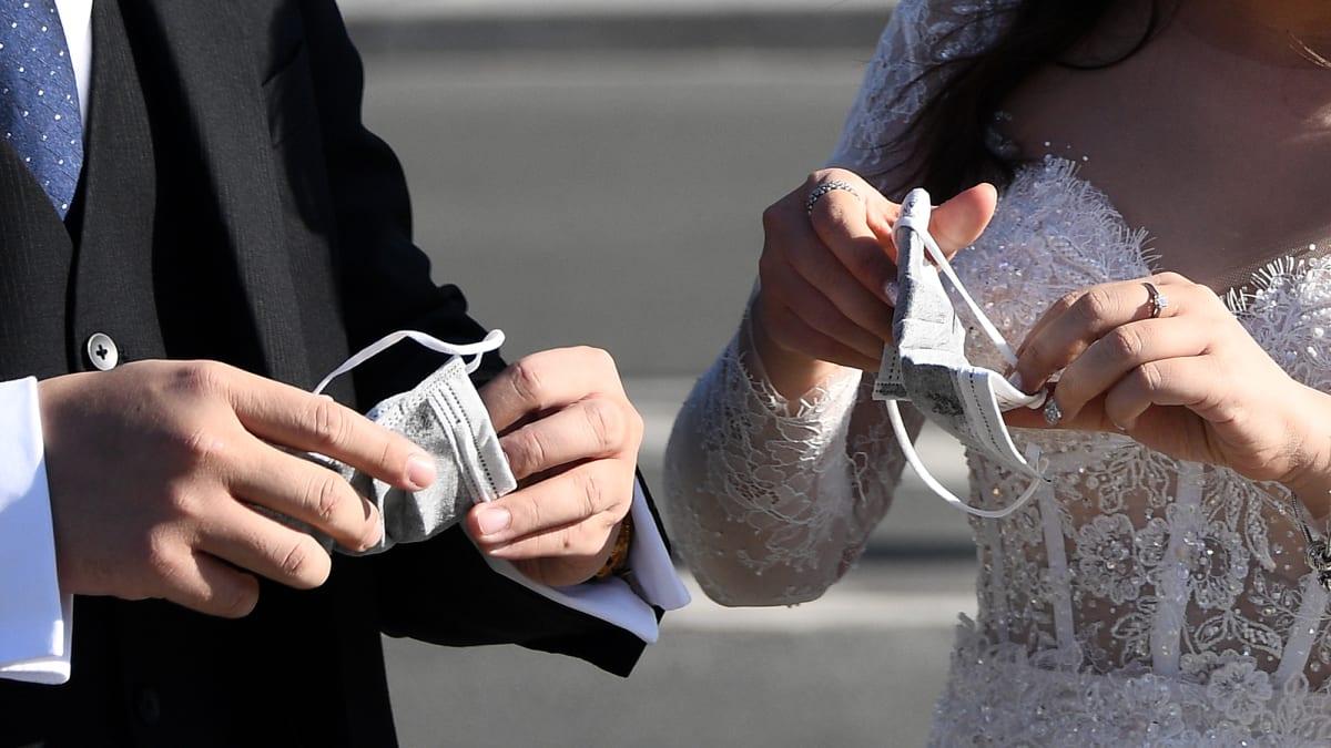 Pandemi Düğün Maske